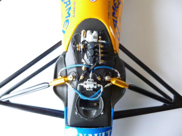 Williams FW14B Tamiya 1/12 - Page 5 00141