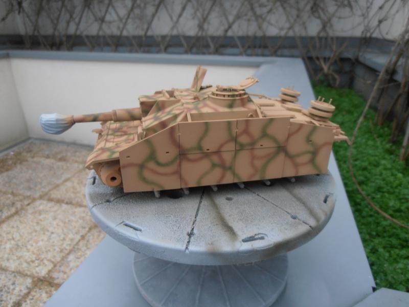 "Stug III ausf G "" 10,5 cm "" ( Tamiya, panzer art 1/35eme ) P1040913"