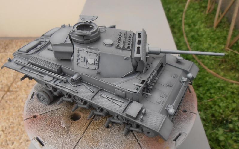 Panzer III ausf J ( Tamiya / 1:35eme ) La peinture. P1251016