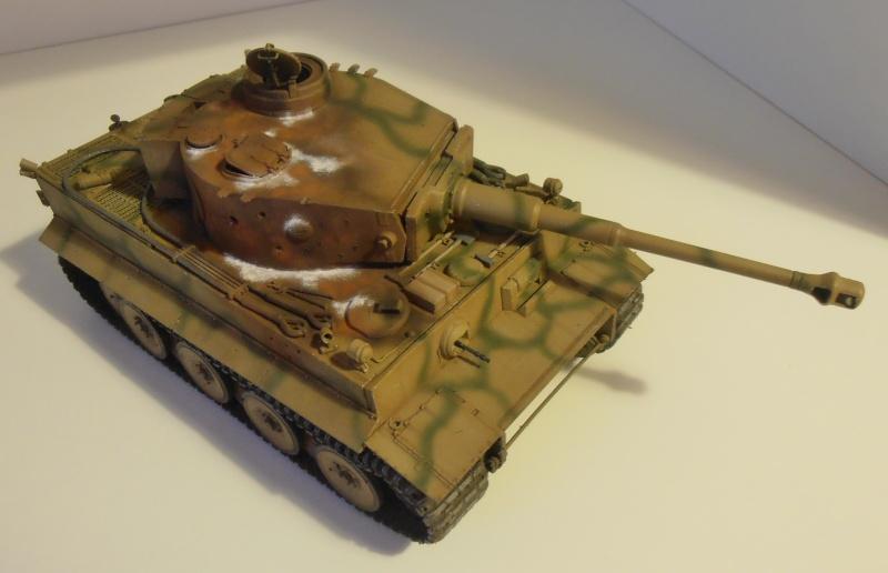 Tiger I ( tamiya 1/35 eme ) - Page 3 P2161110
