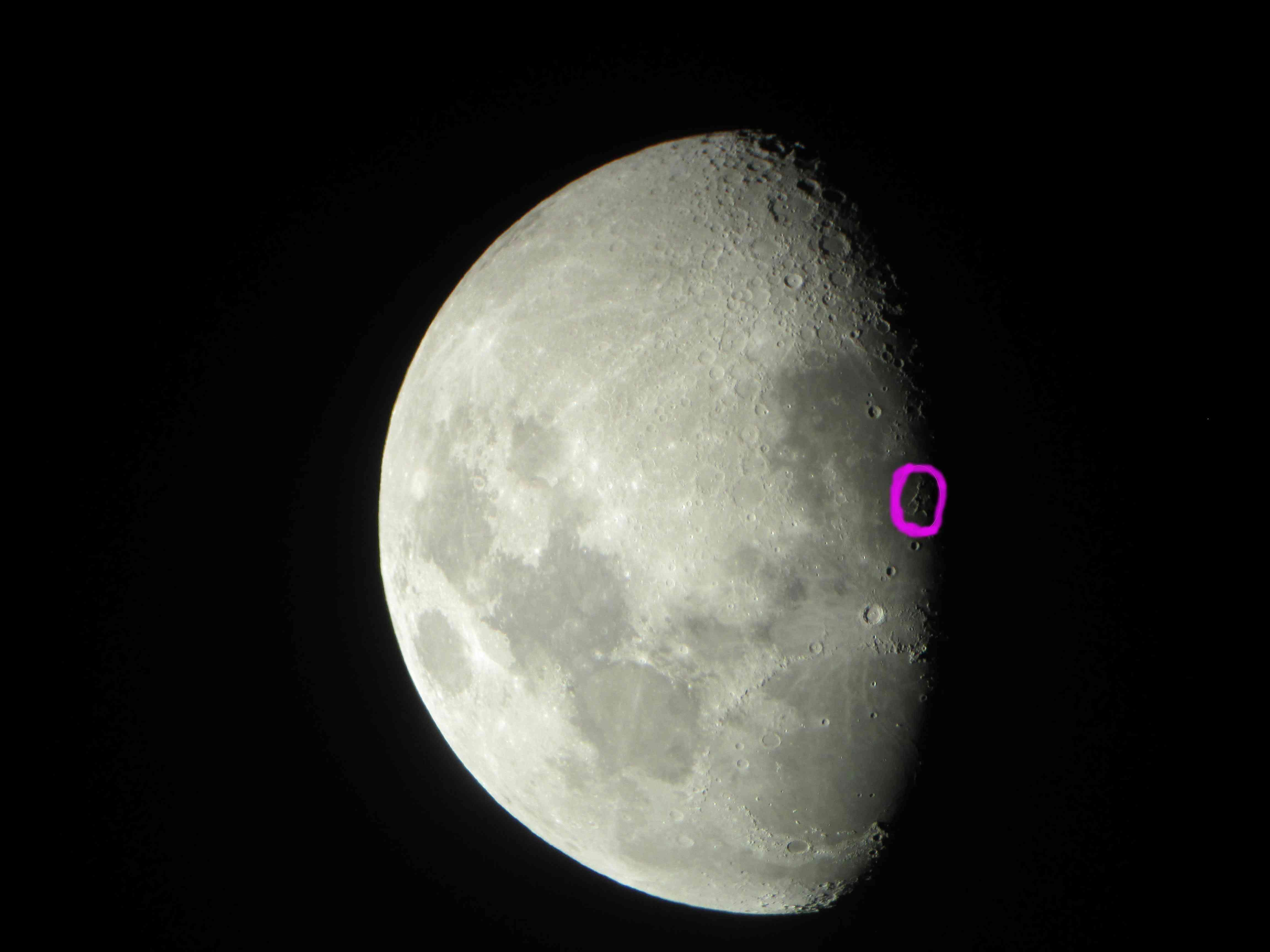 La Lune 81908912