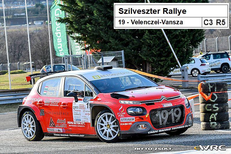 Des Citroën de pointe actuellement en rallye ...  - Page 4 1227-110