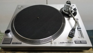 Audio Technica AT-LP120USB Turntable ( Sold ) 710