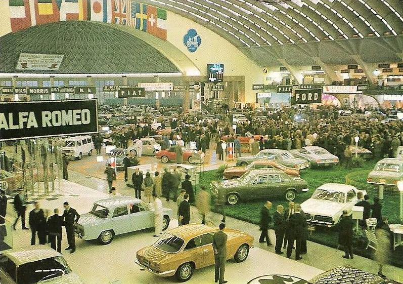 Photo salon auto d'époque Torino10