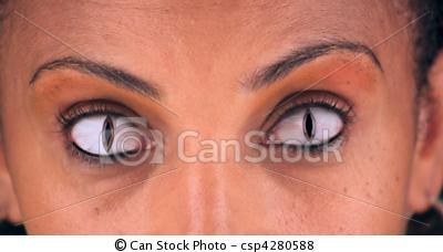 Femme aux yeux de serpent... Can-st10