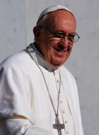 Le Pape François est au coeur de la lutte contre la pauvreté et contre les changements climatiques ! 13026210