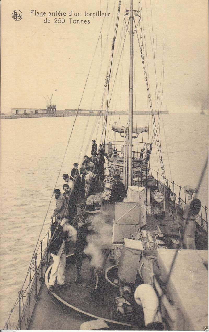 Les photos original de torpilleurs marins - Page 3 00410