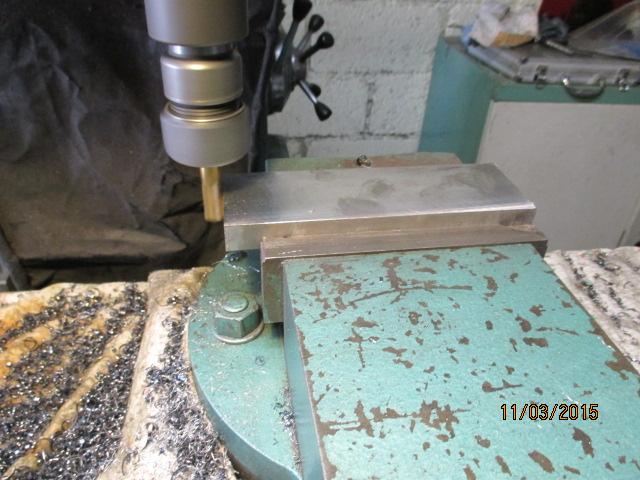 Atelier pour le travail des métaux par jb53 - Page 6 Img_0747