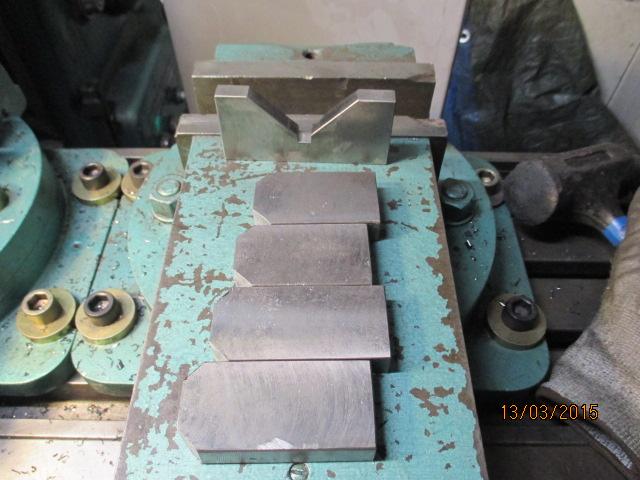 Atelier pour le travail des métaux par jb53 - Page 7 Img_0772