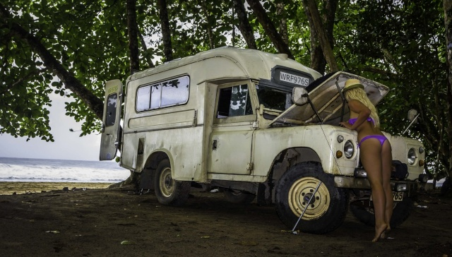 Why Travel with a Land Rover  Lr_bik10