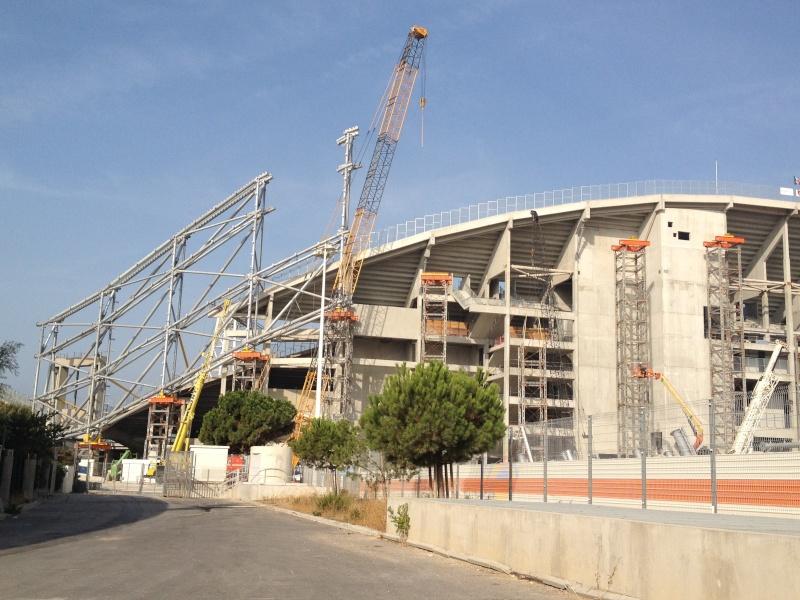 Stade Vélodrome (67,000 places fin estimée Juin 2014) Img_0610