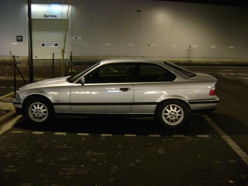 BMW 320i Coupé e36 de 1997 Dsc00810