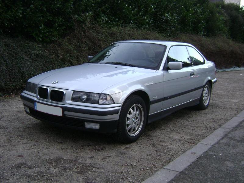 BMW 320i Coupé e36 de 1997 Dsc00813