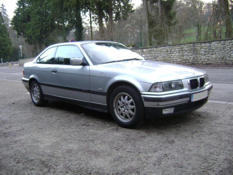 BMW 320i Coupé e36 de 1997 Dsc00814