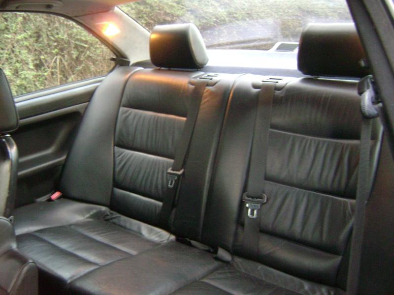 BMW 320i Coupé e36 de 1997 Dsc00818