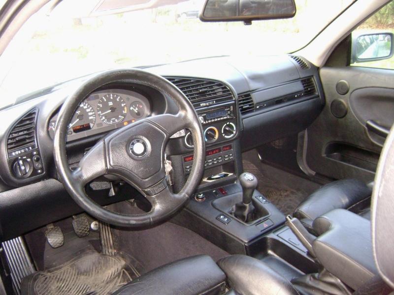 BMW 320i Coupé e36 de 1997 Dsc00912