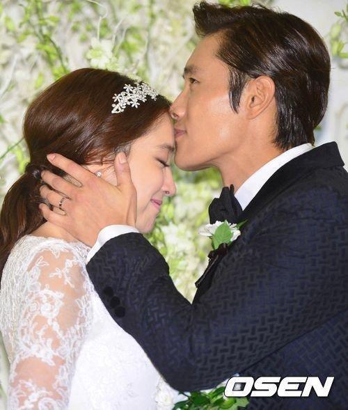 Lee Byung Hun sera papa en avril! Leemin10