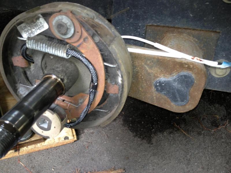 Vérification et remplacement d'un aimant de freinage 10406810