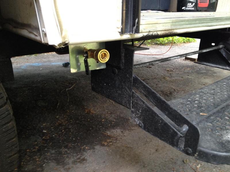 Installation d'une sortie de gas propane avec connecteur rapide Gas310