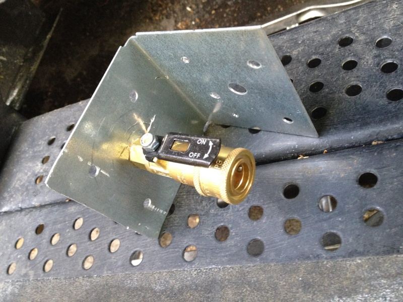 Installation d'une sortie de gas propane avec connecteur rapide Gaz110