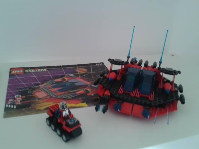LEGO  SPACE VINTAGE Saucer10