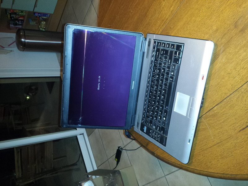 [VDS] Toshiba A100-676 + SSD Img_2011
