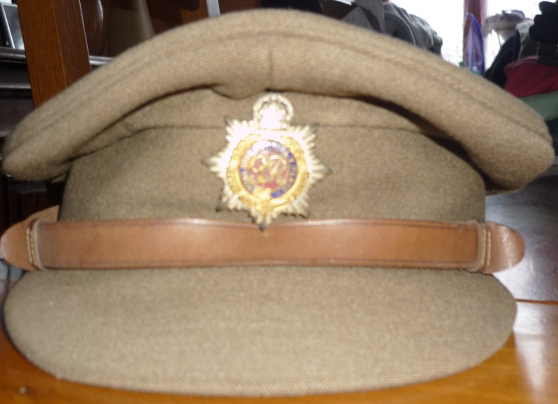 casquette anglaise royal army service corps P1070216