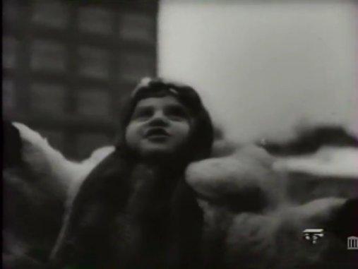 Мирное время. (Кинохроника 1946 года) Dodndd11