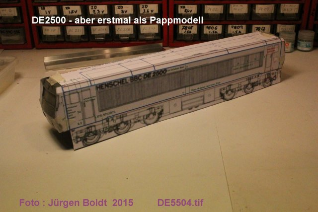 Das dritte Projekt 2014 - Die Henschel-BBC DE2500 Lok in 0 - Seite 2 De550410