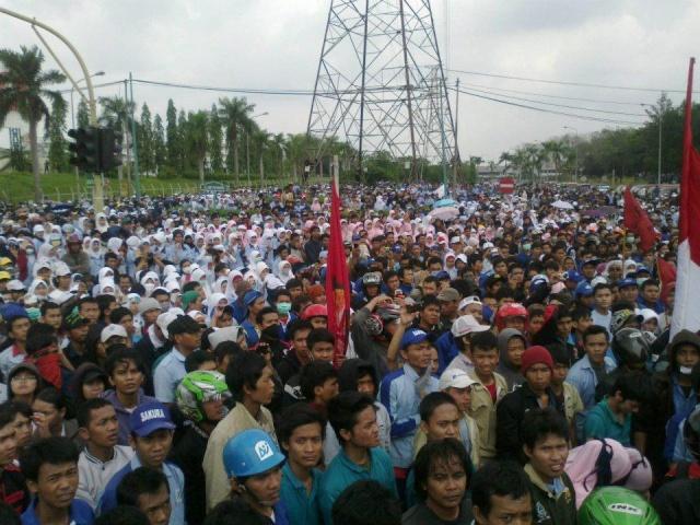 Situation en Indonésie Demo_b10