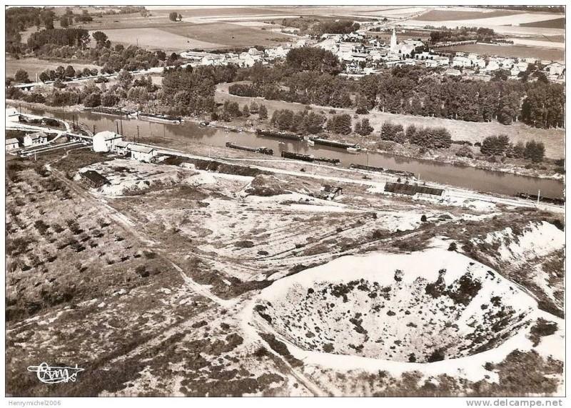 """Vestiges de la """"guerre des mines"""" (Première Guerre Mondiale) visibles dans Google Earth - Page 2 072_0010"""