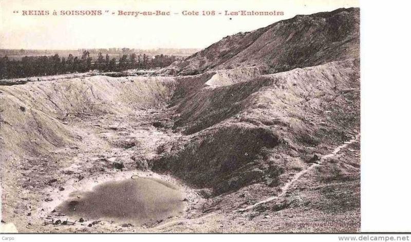 """Vestiges de la """"guerre des mines"""" (Première Guerre Mondiale) visibles dans Google Earth - Page 2 216_0011"""