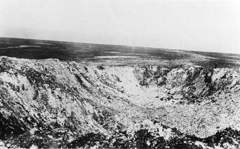 """Vestiges de la """"guerre des mines"""" (Première Guerre Mondiale) visibles dans Google Earth - Page 2 B2-45-10"""