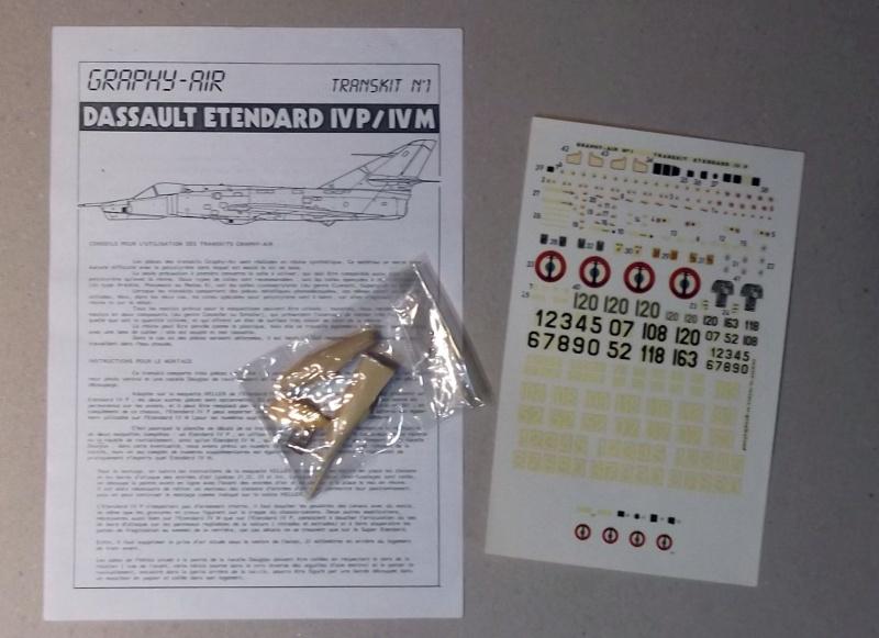 [Aeronavales 2014] [Heller] Etendard IV M & Etendard IV P Eiv_0910