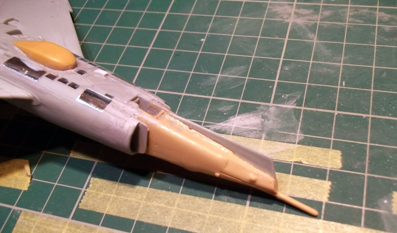 [Aeronavales 2014] [Heller] Etendard IV M & Etendard IV P Eiv_1910