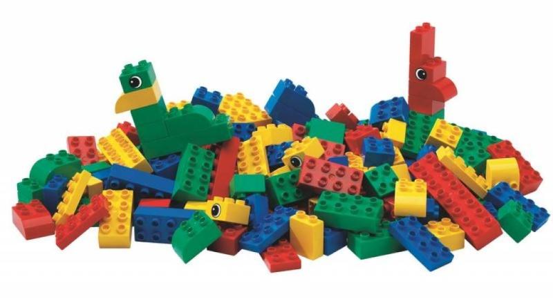 Les jeux et jouets de notre enfance... - Page 3 Brique10