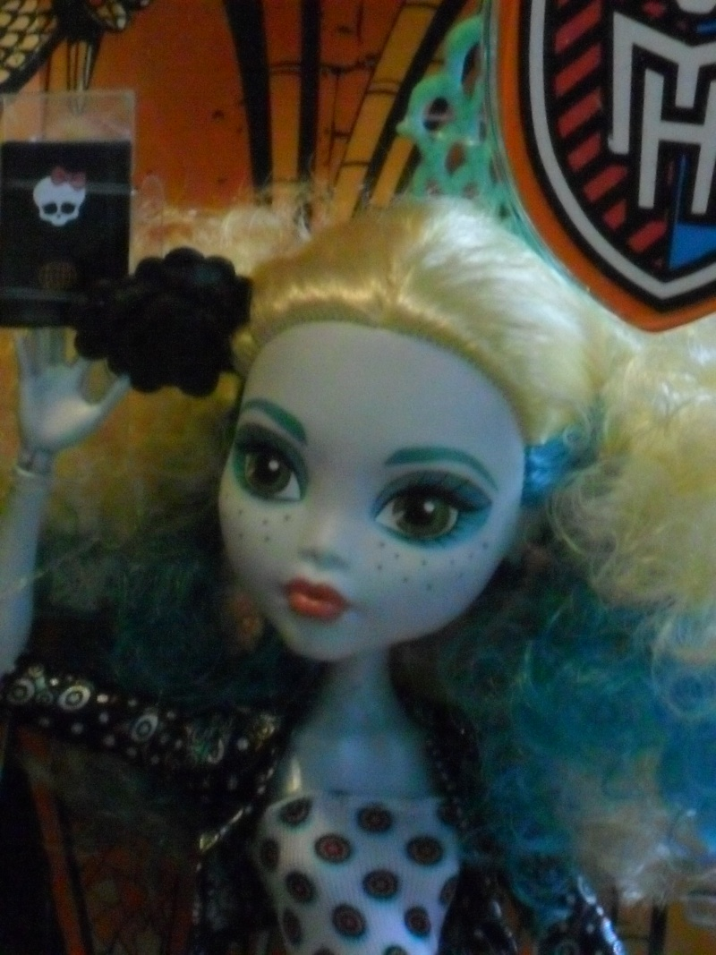 Les Monster High, les poupées que j'aurais aimé avoir petite... Nouveautés - Page 2 Sam_9511