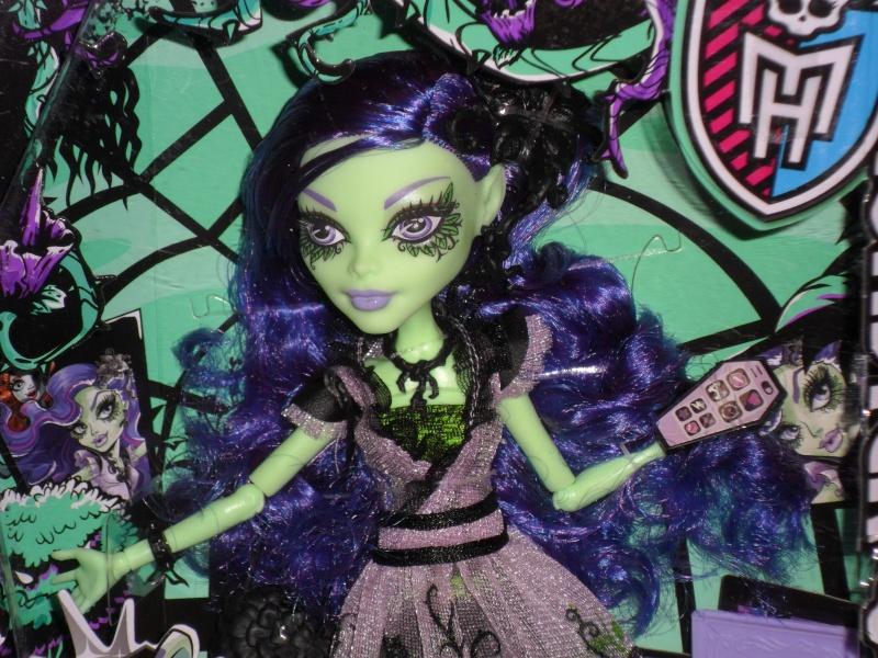 Les Monster High, les poupées que j'aurais aimé avoir petite... Nouveautés - Page 2 Sam_9518