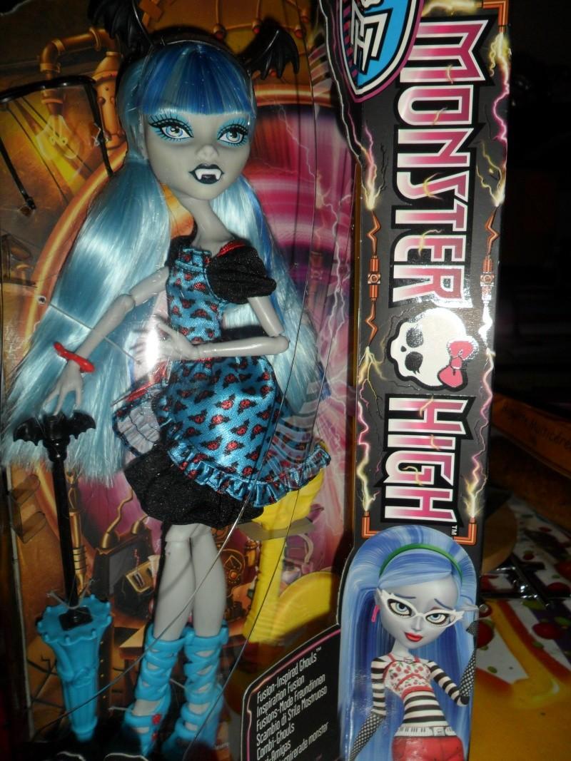 Les Monster High, les poupées que j'aurais aimé avoir petite... Nouveautés - Page 2 Sam_9610