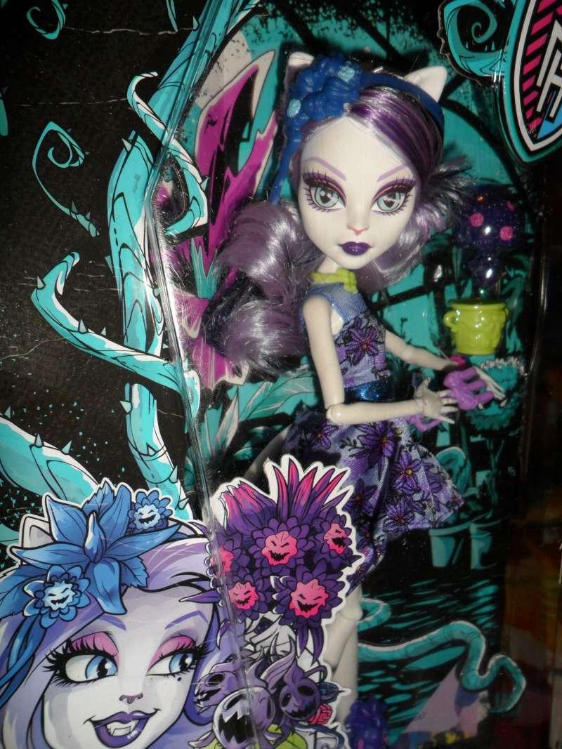 Les Monster High, les poupées que j'aurais aimé avoir petite... Nouveautés - Page 2 Sam_9614