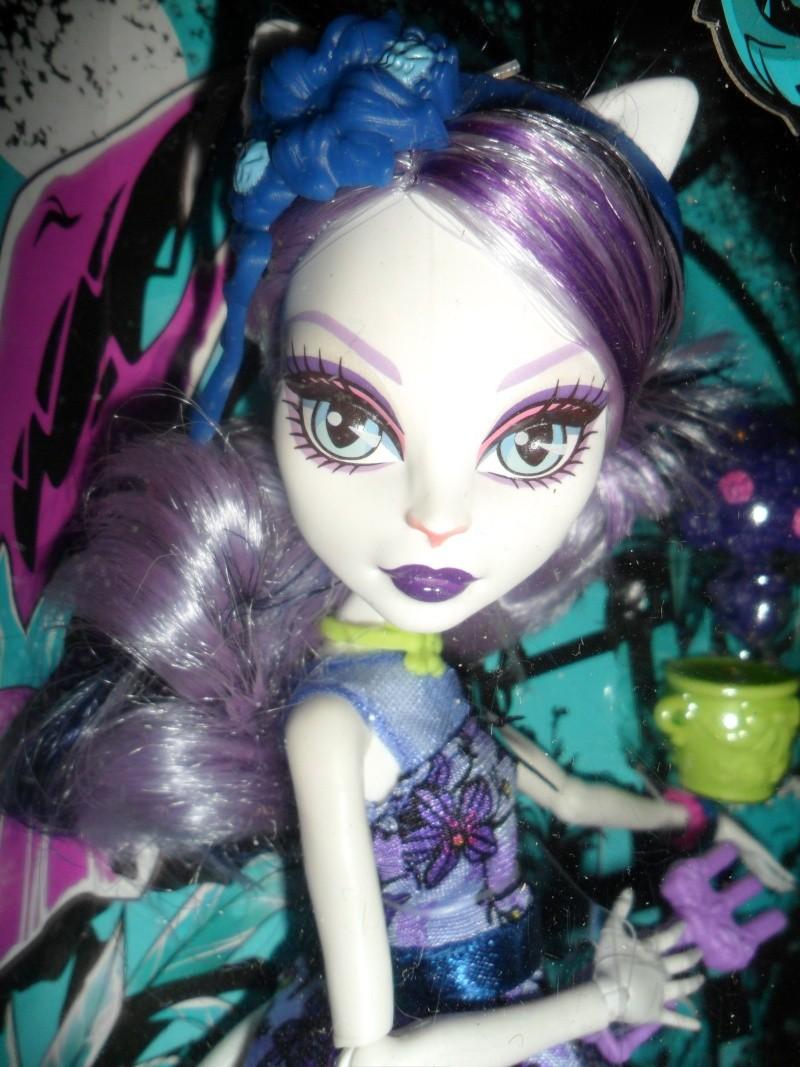 Les Monster High, les poupées que j'aurais aimé avoir petite... Nouveautés - Page 2 Sam_9615