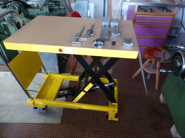 Des porte- outils pour mon Tour Schaublin 102 en pagaille... !!! P1050515