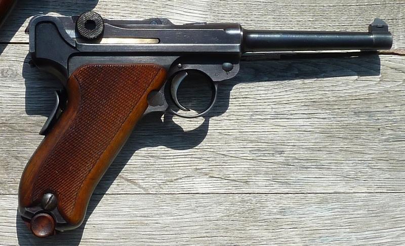 Les Luger suisses, modèles 1906 produits par la Waffen Fabrick à Berne. - Page 2 01255010