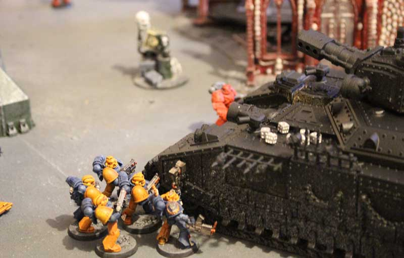 2015.01.04 - Space Marines contre Eldars Noirs - 2000 pts 0811