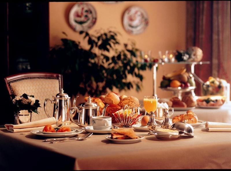 Salon de détente (38ème) Hotel210