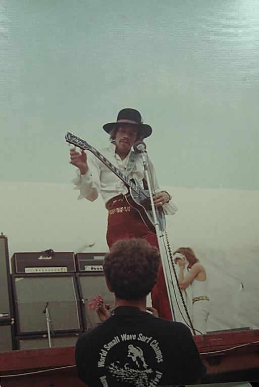 Ses guitares 1968-010