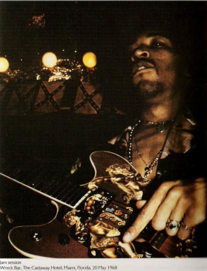 Ses guitares 19680510