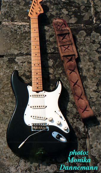 Ses guitares Blacks10