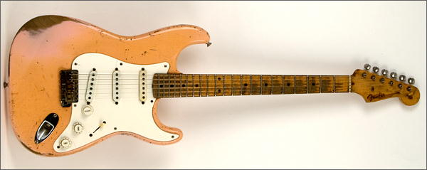 Ses guitares - Page 2 Strat_11