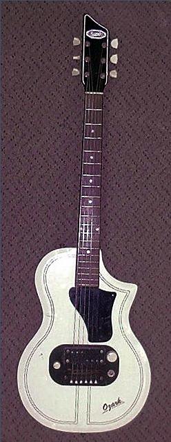 Ses guitares Suproe10